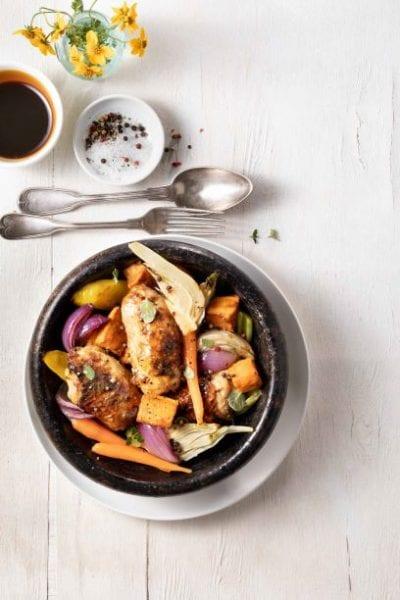 פרגית בתנור עם ירקות בצבעוניים