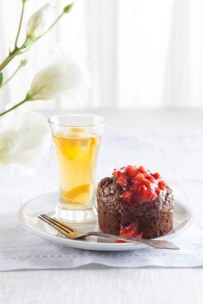 שוקולד חמה לפסח עם תותים