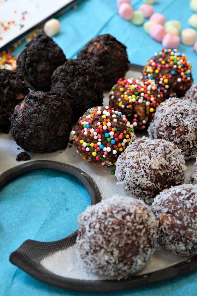 כדורי שוקולד צבעוניים